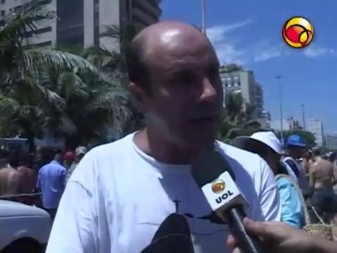 Publicar Entrar UOL testa 'toalete descartável' nos blocos de rua do Rio