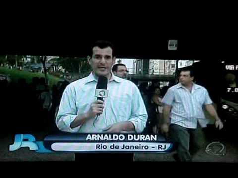Reportagem do Jornal da Record que mostra o Toalet Descartável